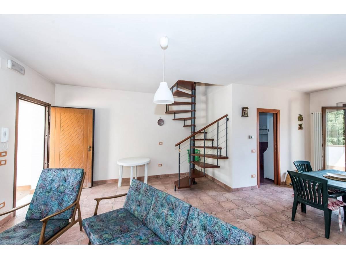 Villetta in vendita in VIA GRAN SASSO  a Sant'Eufemia a Maiella - 4029496 foto 10