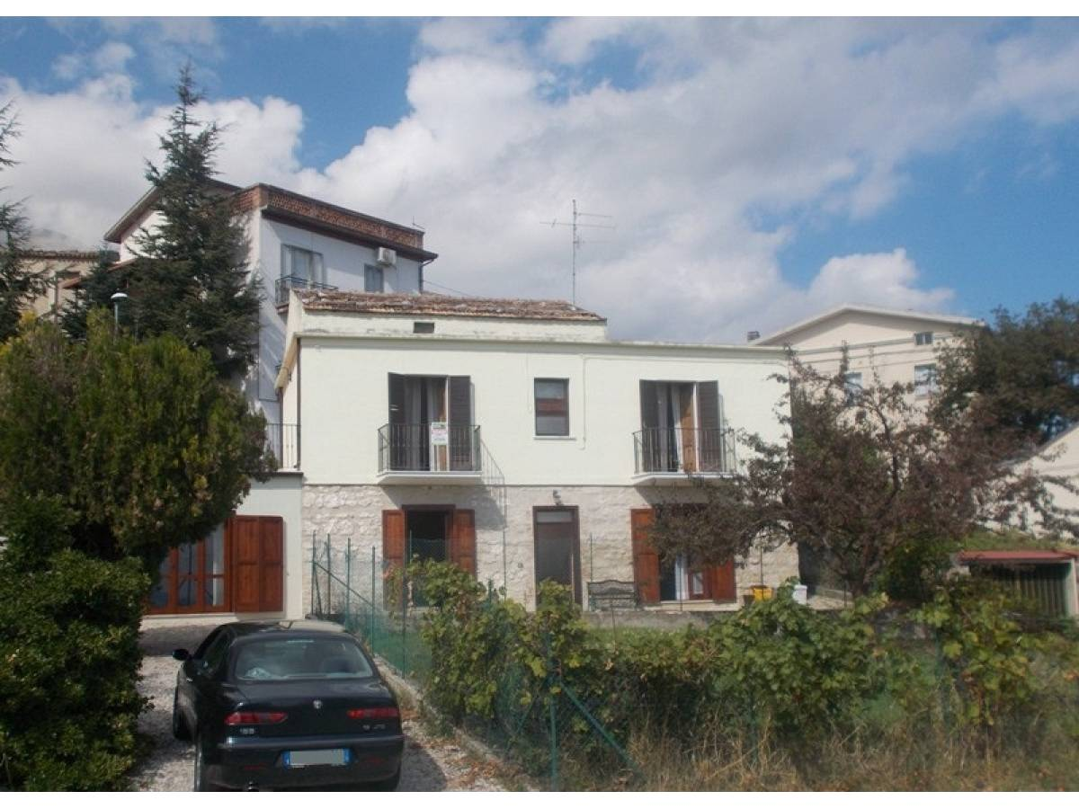 Casa indipendente in vendita in Via Dante Alighieri 7  a Civitella Messer Raimondo - 3609082 foto 1