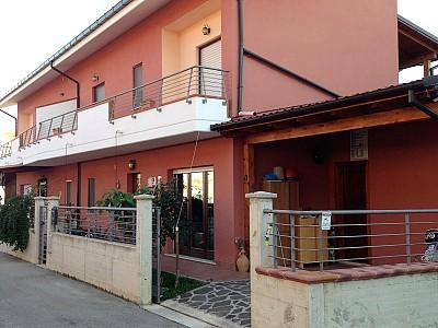 Villa bifamiliare in vendita a Torrevecchia Teatina