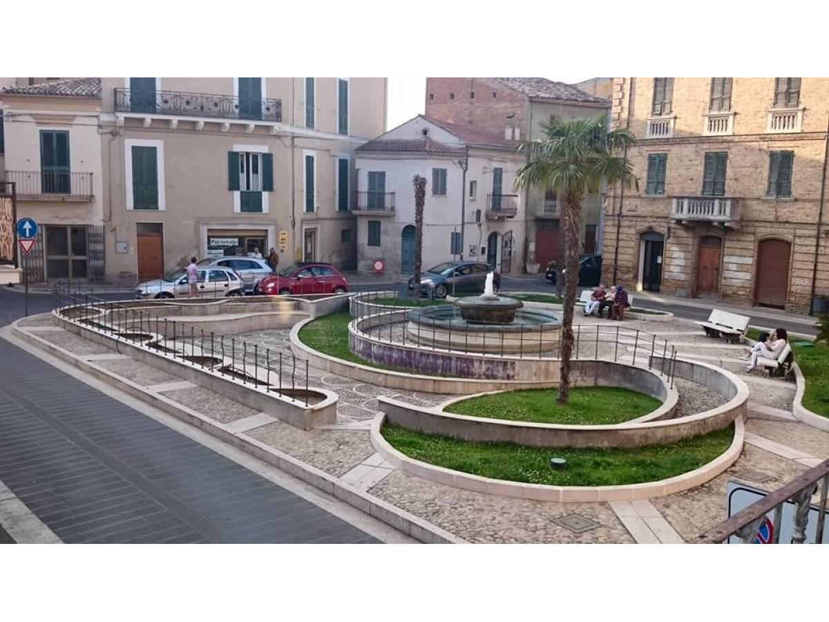 Stabile o Palazzo in vendita in PIAZZA GARIBALDI  a Casalbordino - 2976240 foto 1