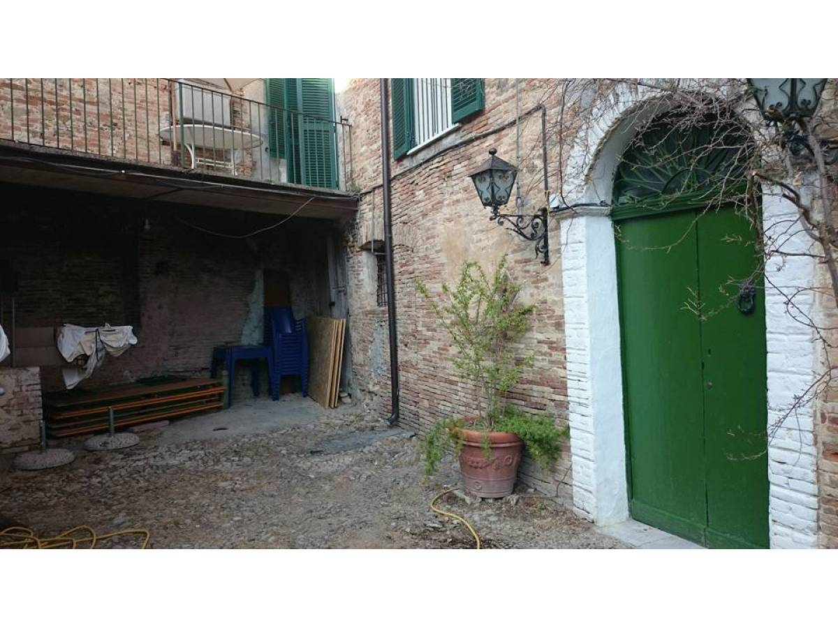 Stabile o Palazzo in vendita in PIAZZA GARIBALDI  a Casalbordino - 2976240 foto 4