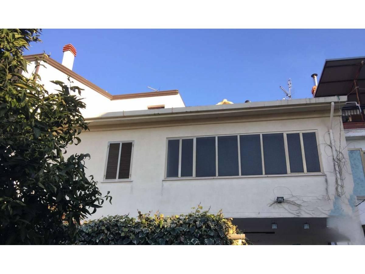 Casa indipendente in vendita in via croce di mare a torino for Case di suocera in vendita