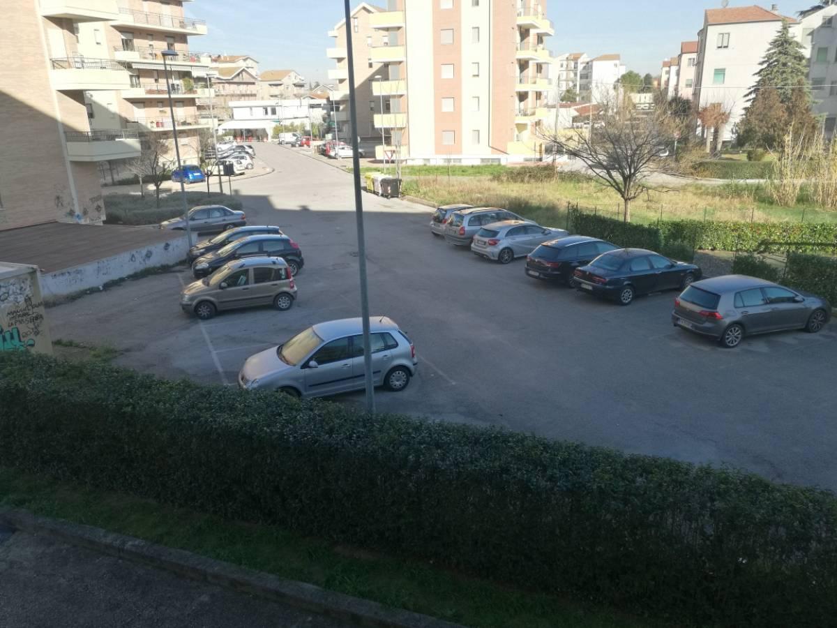 Appartamento in vendita in Via Pescara 199 zona Scalo Colle dell'Ara - V. A. Moro a Chieti - 8256737 foto 3
