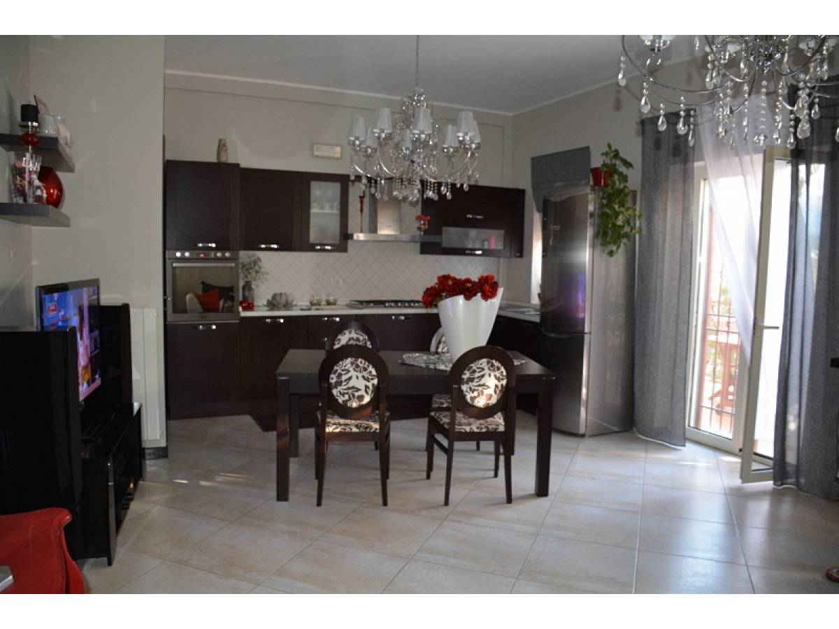 Appartamento in vendita in Via Piane  a Bucchianico - 3759581 foto 2