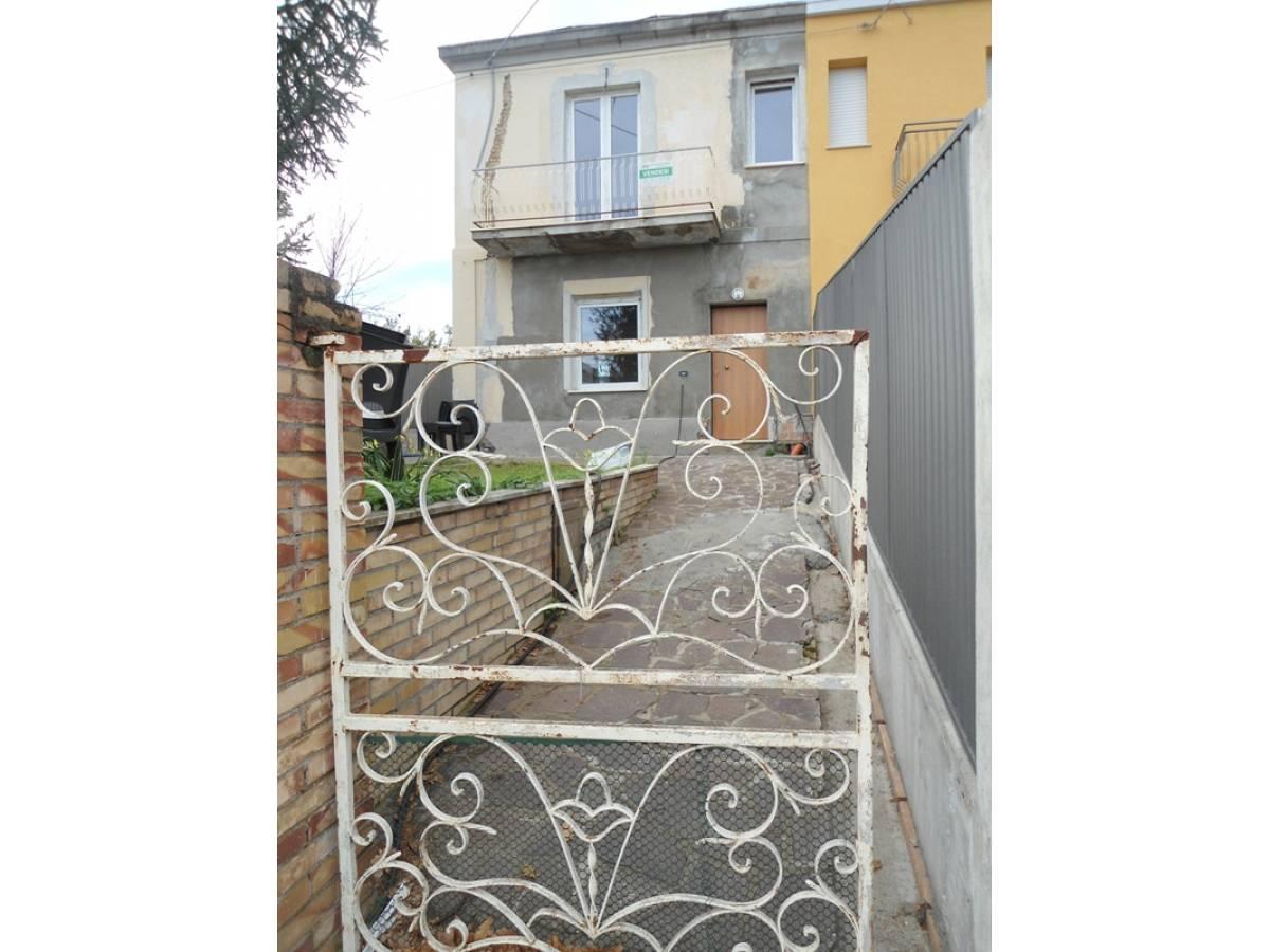 Casa indipendente in vendita in via Incoronata zona Paese a Vasto - 5614364 foto 2