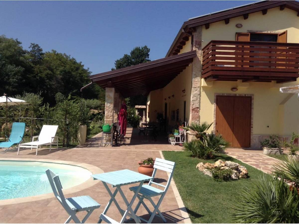 Villa in vendita in Via Madonna della Pace  a Città Sant'Angelo - 1393026 foto 5