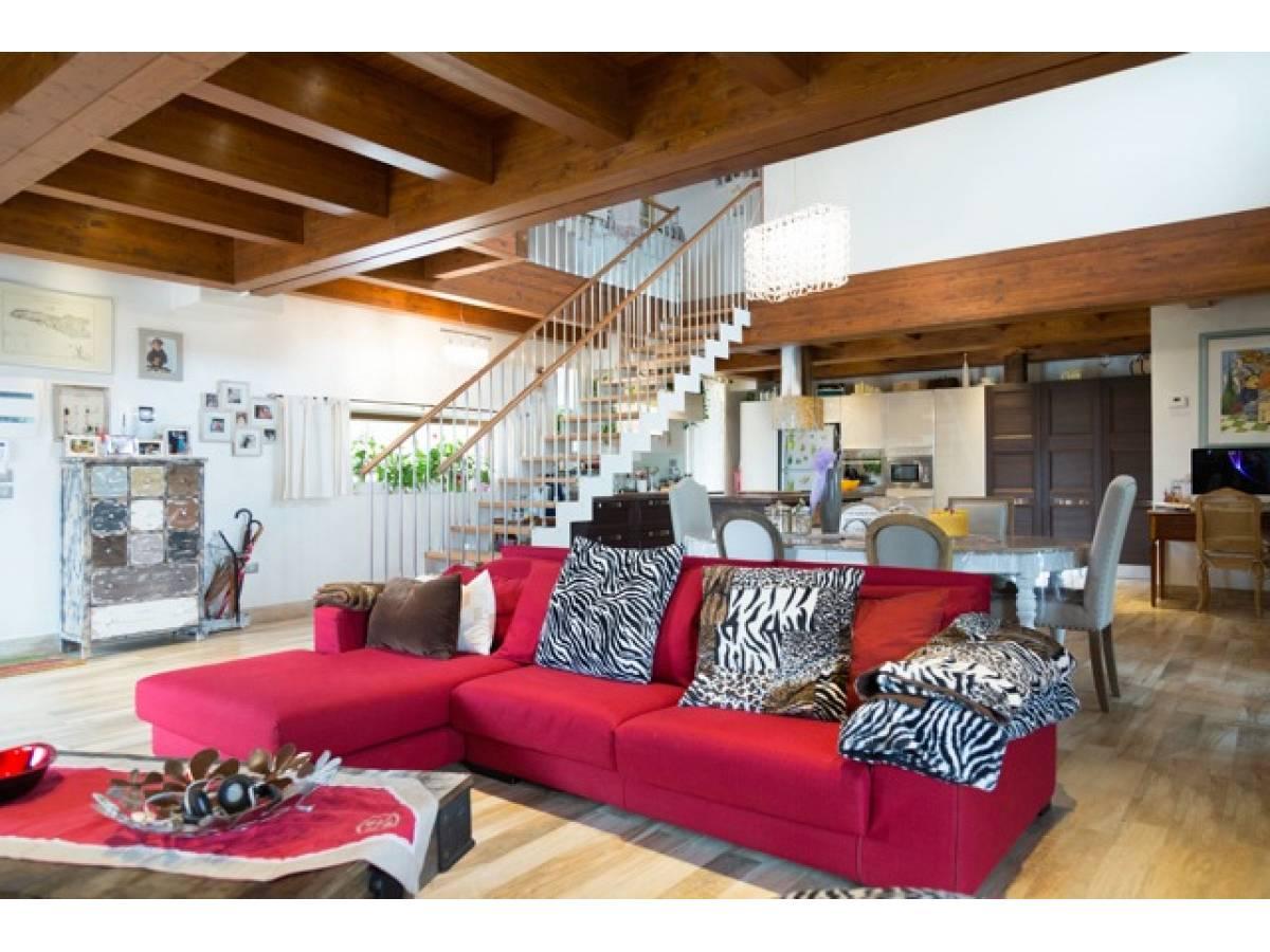 Villa in vendita in Via Madonna della Pace  a Città Sant'Angelo - 1393026 foto 20