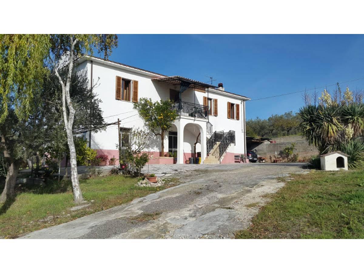 Casa indipendente in vendita in c/da S. Marco  a Ortona - 3966530 foto 1