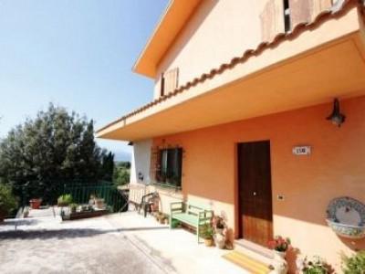 Casa indipendente in vendita a Pianella