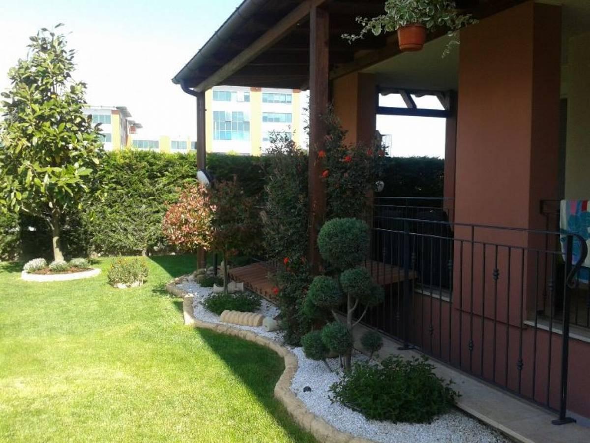 Appartamento in vendita in Via Vittorio de Sica, 10 Villa Raspa  a Spoltore - 5499886 foto 3
