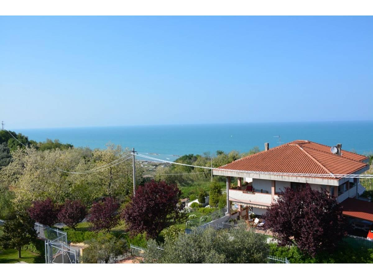 Villa bifamiliare in vendita in Contrada Lazzaretto 83  a Ortona - 9079053 foto 3