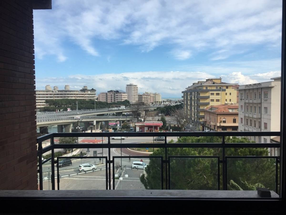 Appartamento in vendita in corso gabriele manthon 7 zona centro a pescara 6447925 - Vendita piscine pescara ...