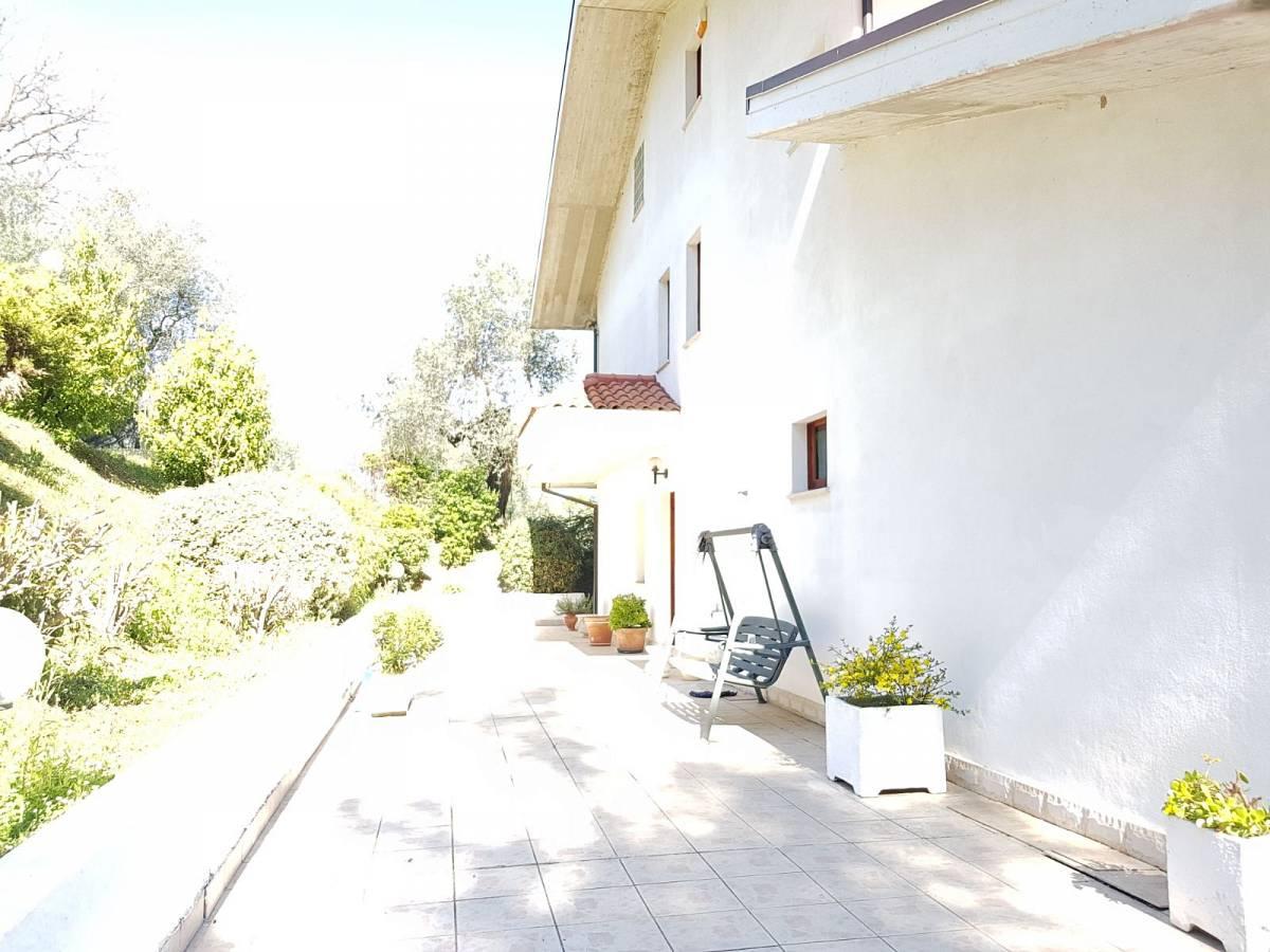 Villa in vendita in VIA VIGNA DEL RE  a Cappelle sul Tavo - 586414 foto 1