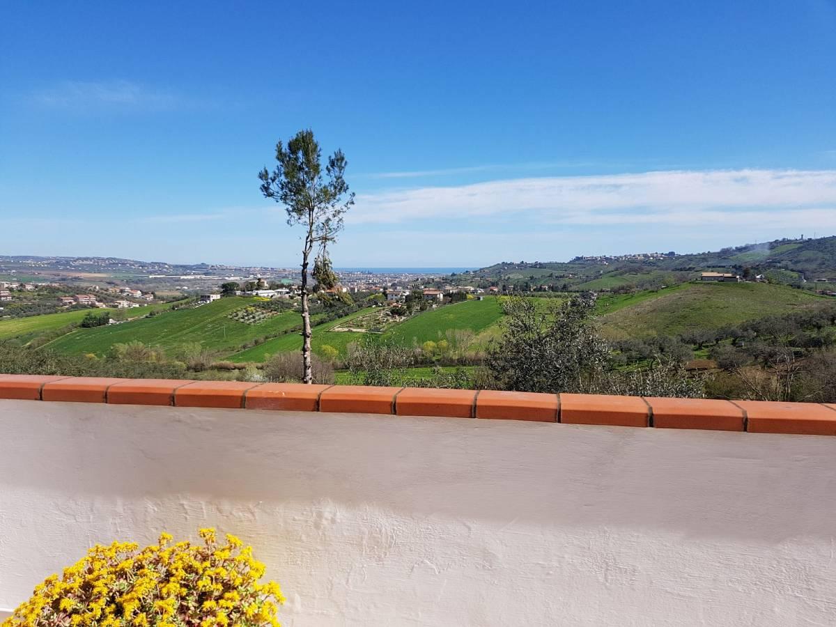 Villa in vendita in VIA VIGNA DEL RE  a Cappelle sul Tavo - 586414 foto 7