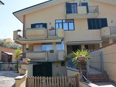 Villa bifamiliare in vendita a Ortona