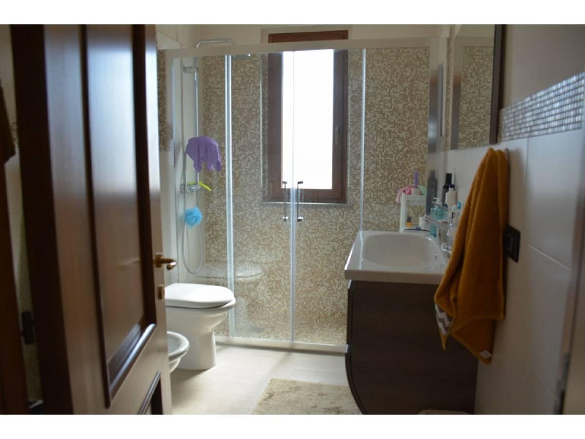 Villa bifamiliare in vendita in Contrada Lazzaretto 83  a Ortona - 9079053 foto 17