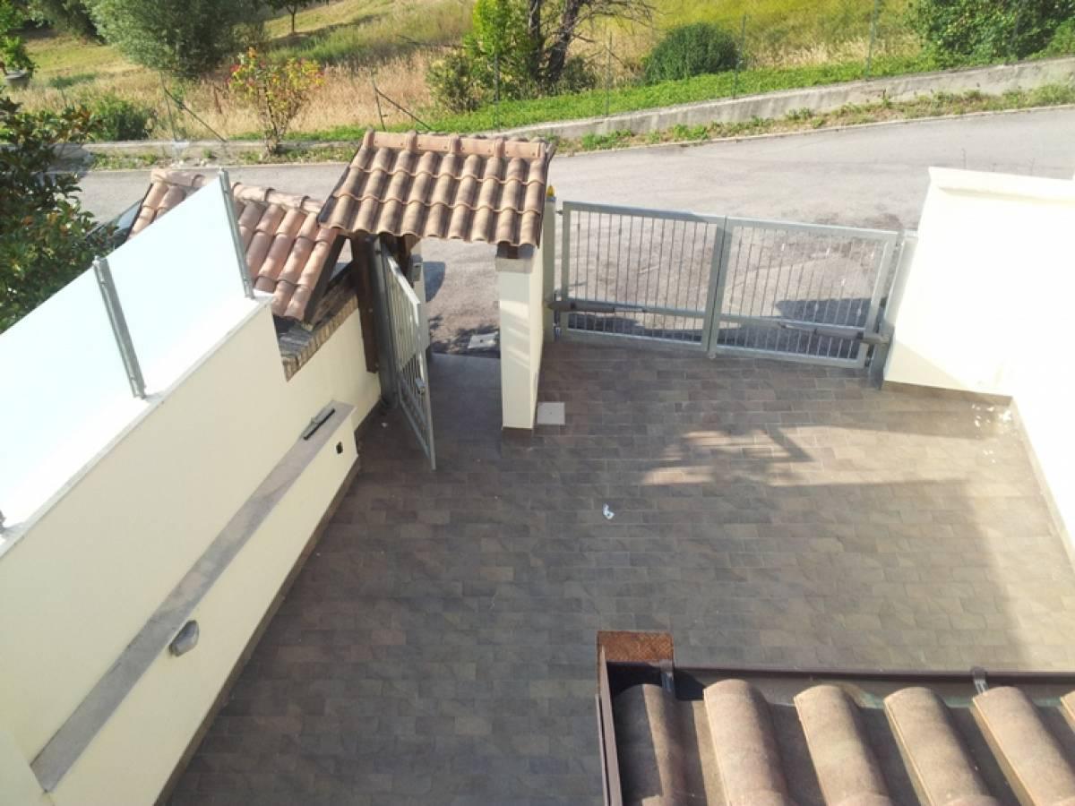 Villa bifamiliare in vendita in c.da Barco zona Colle a Montesilvano - 374506 foto 3