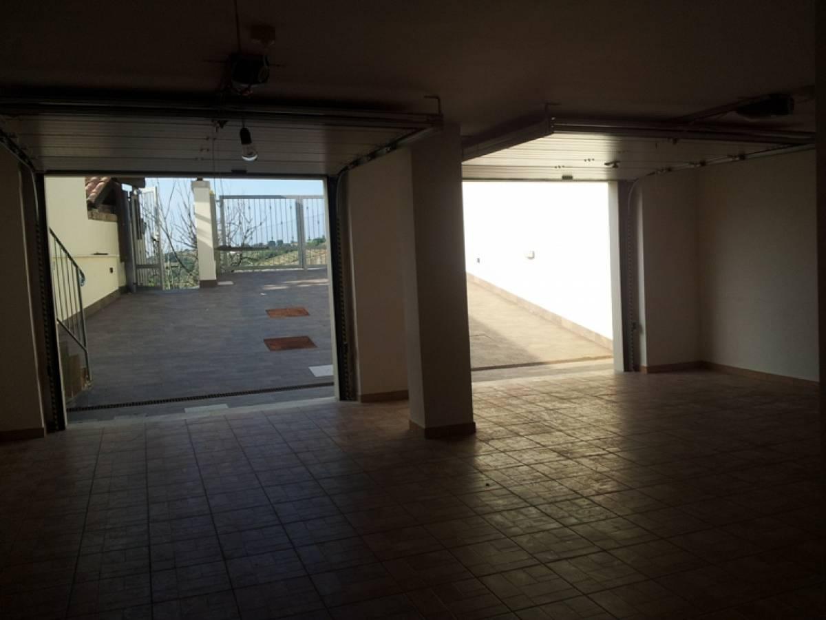 Villa bifamiliare in vendita in c.da Barco zona Colle a Montesilvano - 374506 foto 5