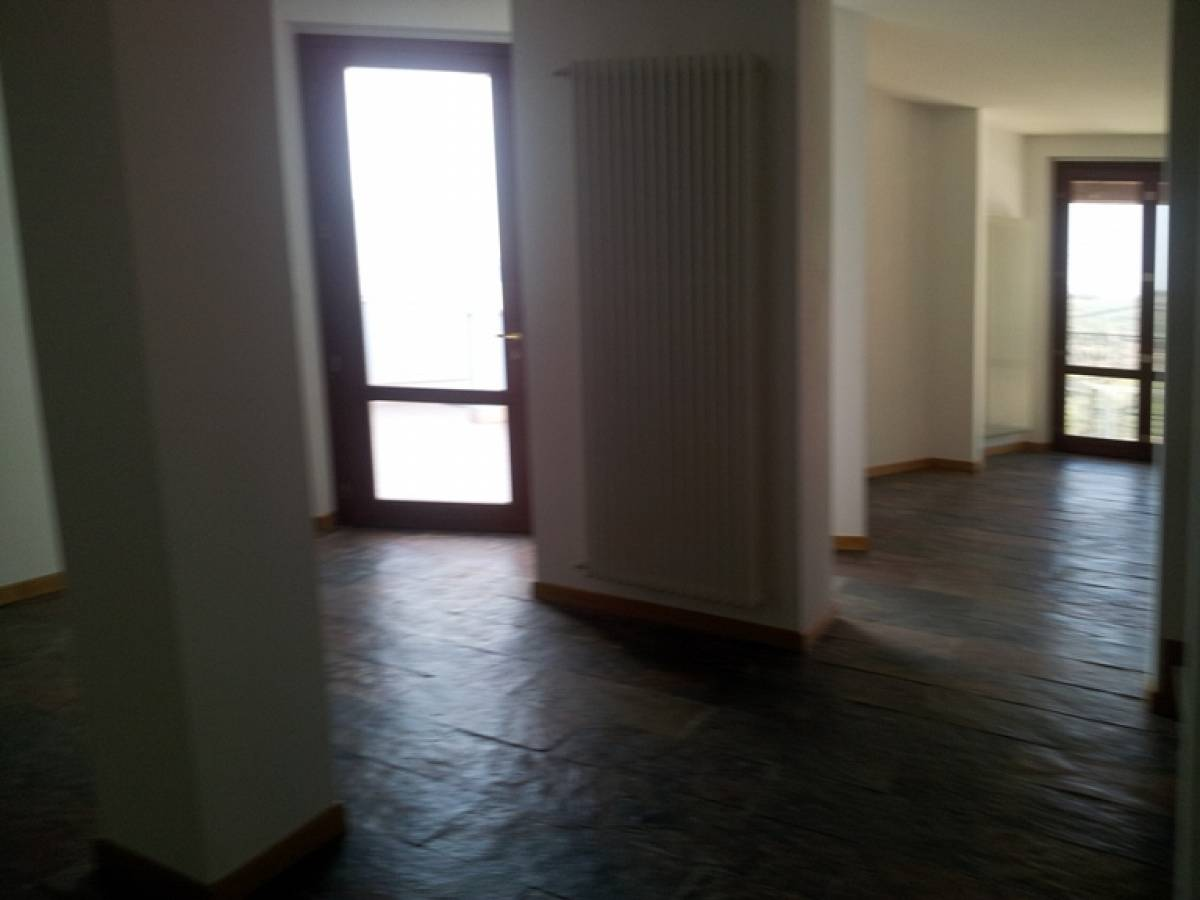 Villa bifamiliare in vendita in c.da Barco zona Colle a Montesilvano - 374506 foto 8