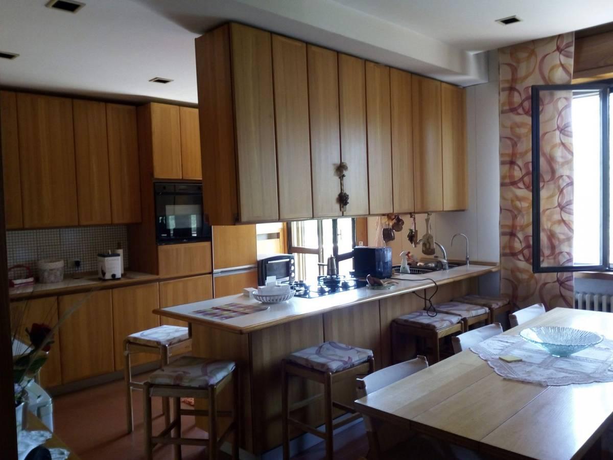 Villa trifamiliare in vendita in strada SS Salvatore zona San Salvatore a Chieti - 769052 foto 5