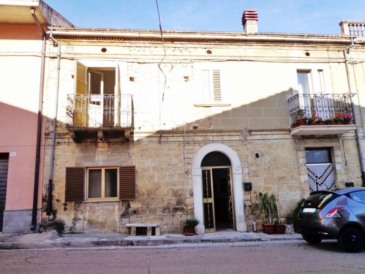 Stabile o Palazzo in vendita in via giardino  a Rapino - 8668566 foto 2