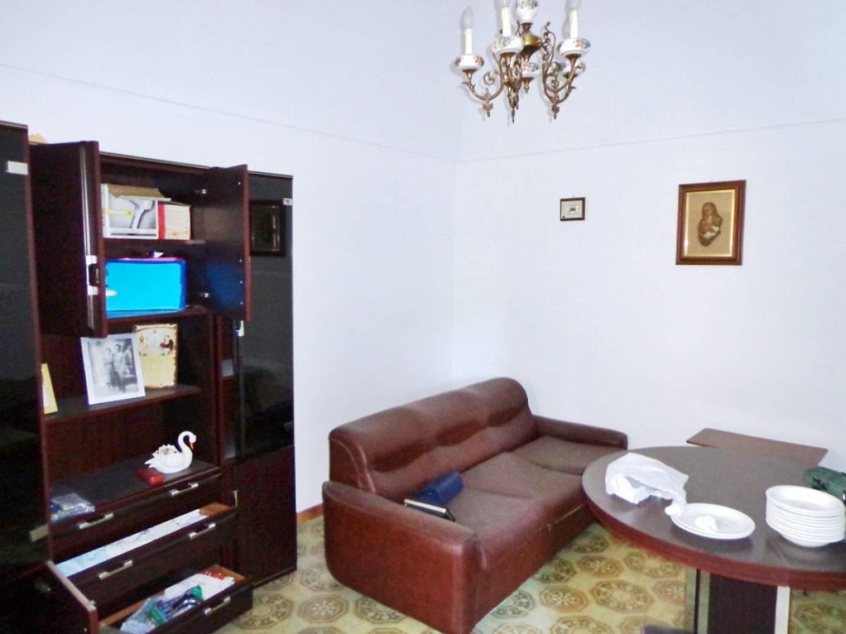 Stabile o Palazzo in vendita in via giardino  a Rapino - 8668566 foto 5