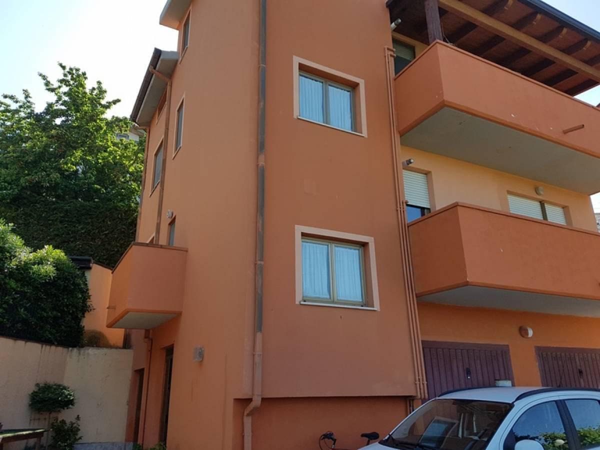 Stabile o Palazzo in vendita in Caprara  a Spoltore - 885158 foto 1