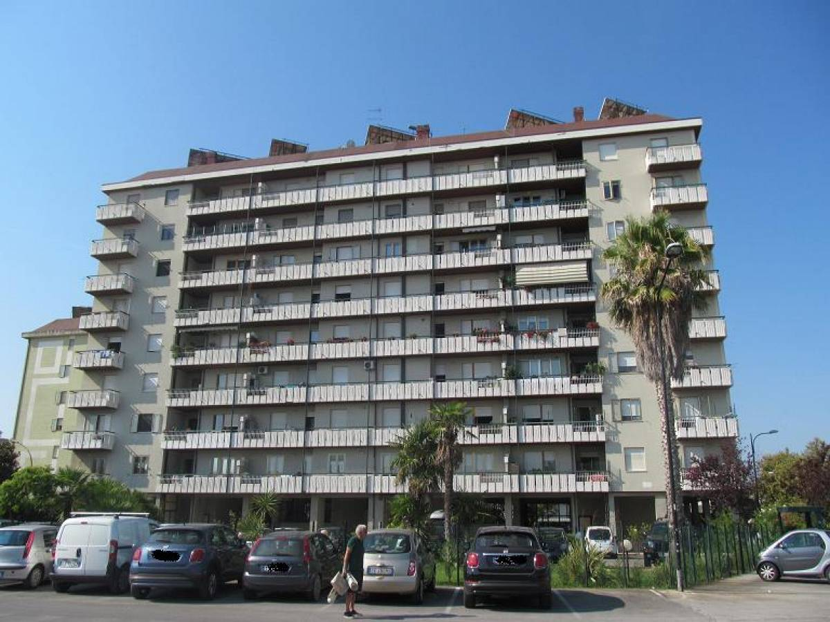 Appartamento in vendita in Via Pietro Nenni 2  a Pescara - 9032126 foto 3