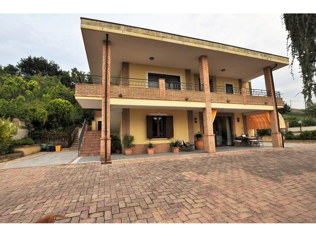 Villa in vendita in C,da Colle di Giogo  a Moscufo - 2184227 foto 1