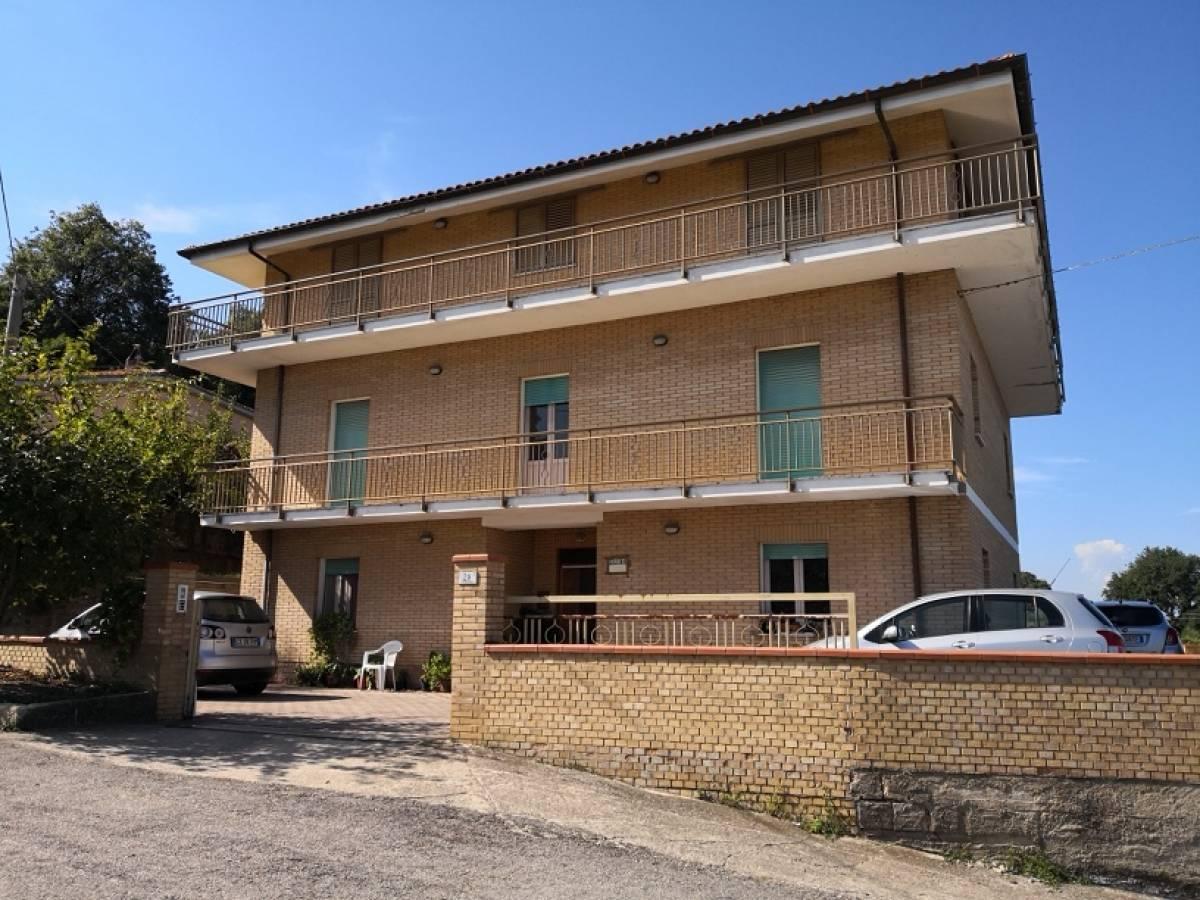 Casa indipendente in vendita in via S. Agata 28  a Vacri - 6421121 foto 1