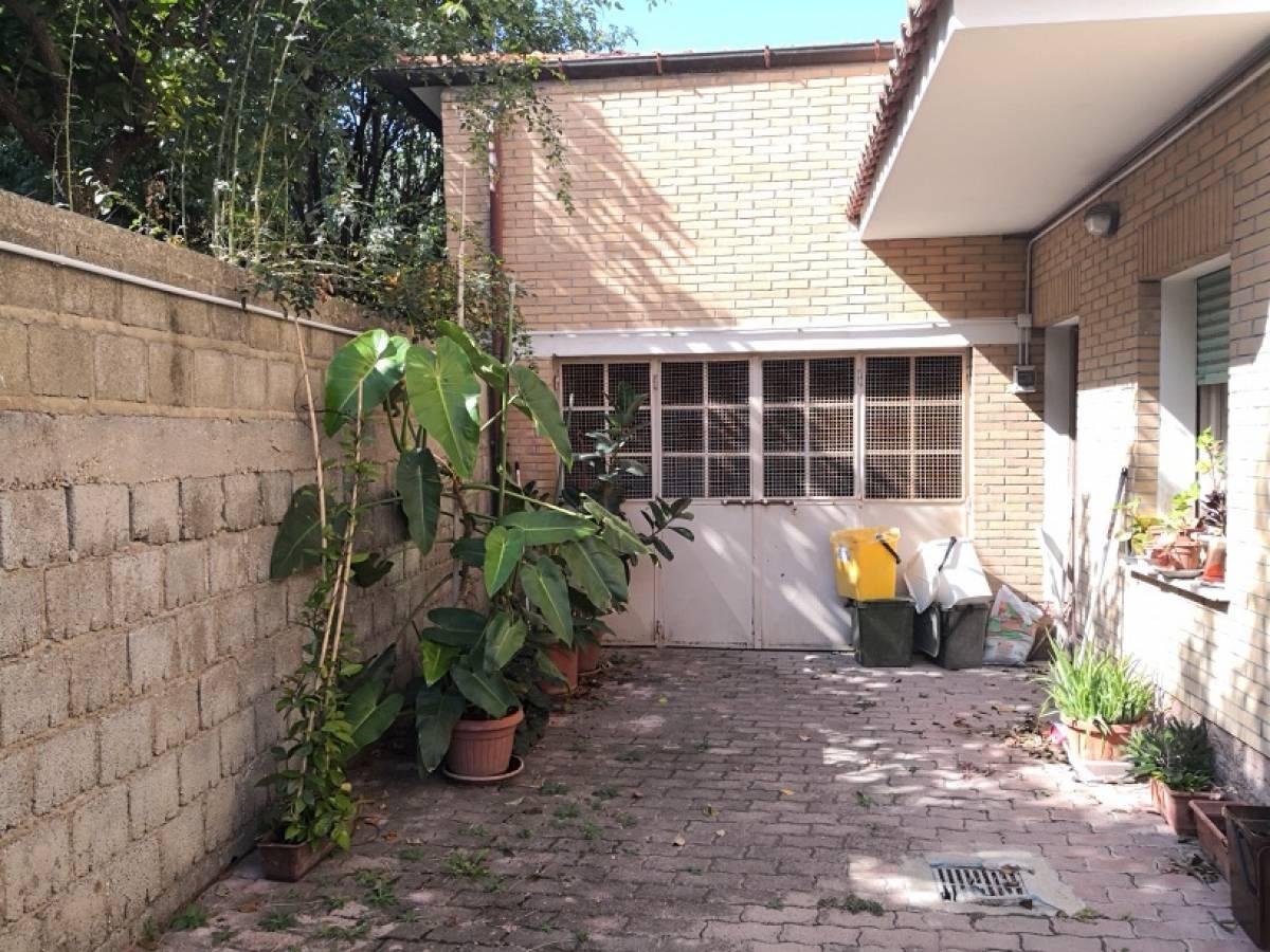 Casa indipendente in vendita in via S. Agata 28  a Vacri - 6421121 foto 4