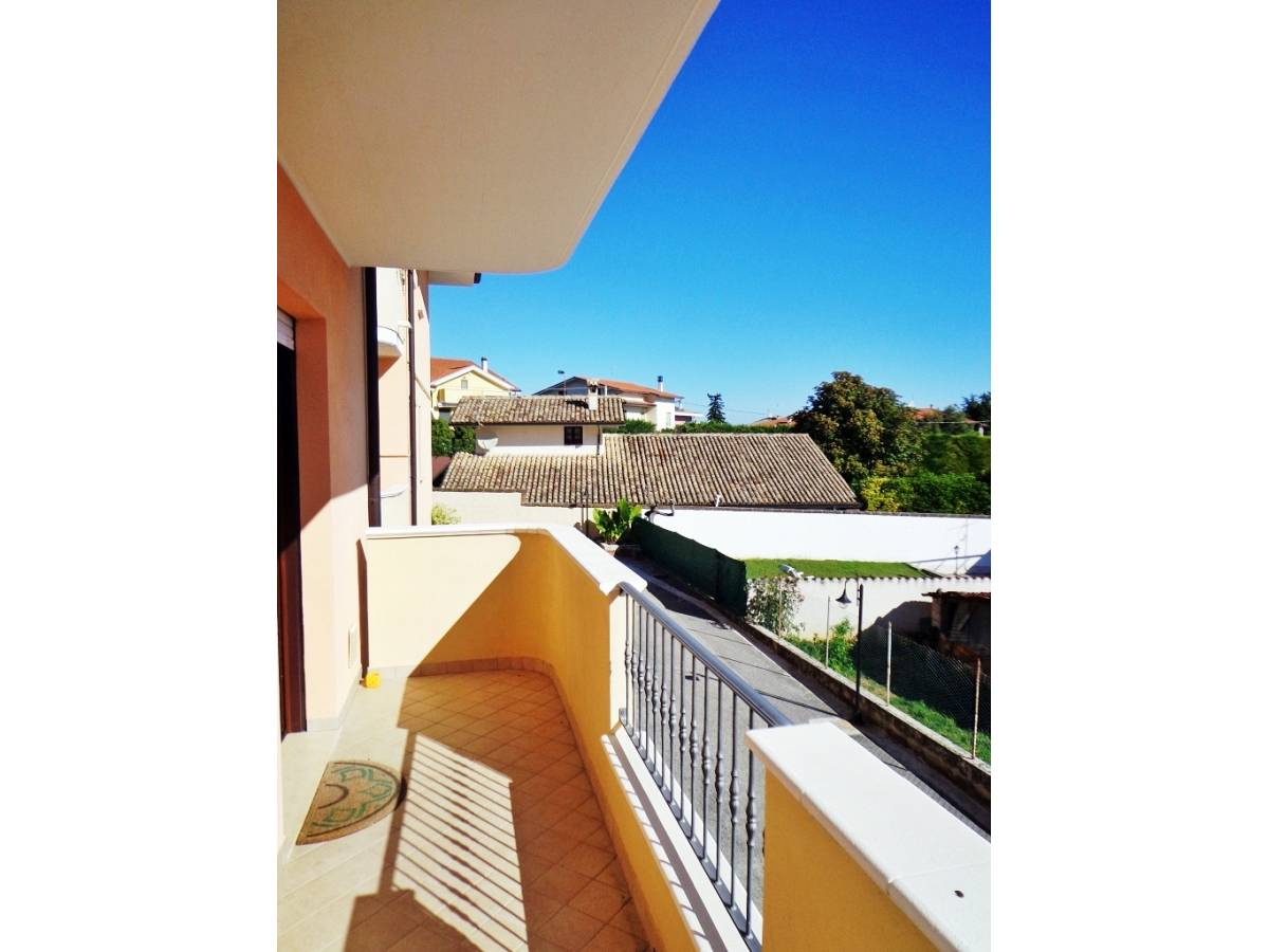 Appartamento in vendita in villa oliveti  a Rosciano - 5374684 foto 1