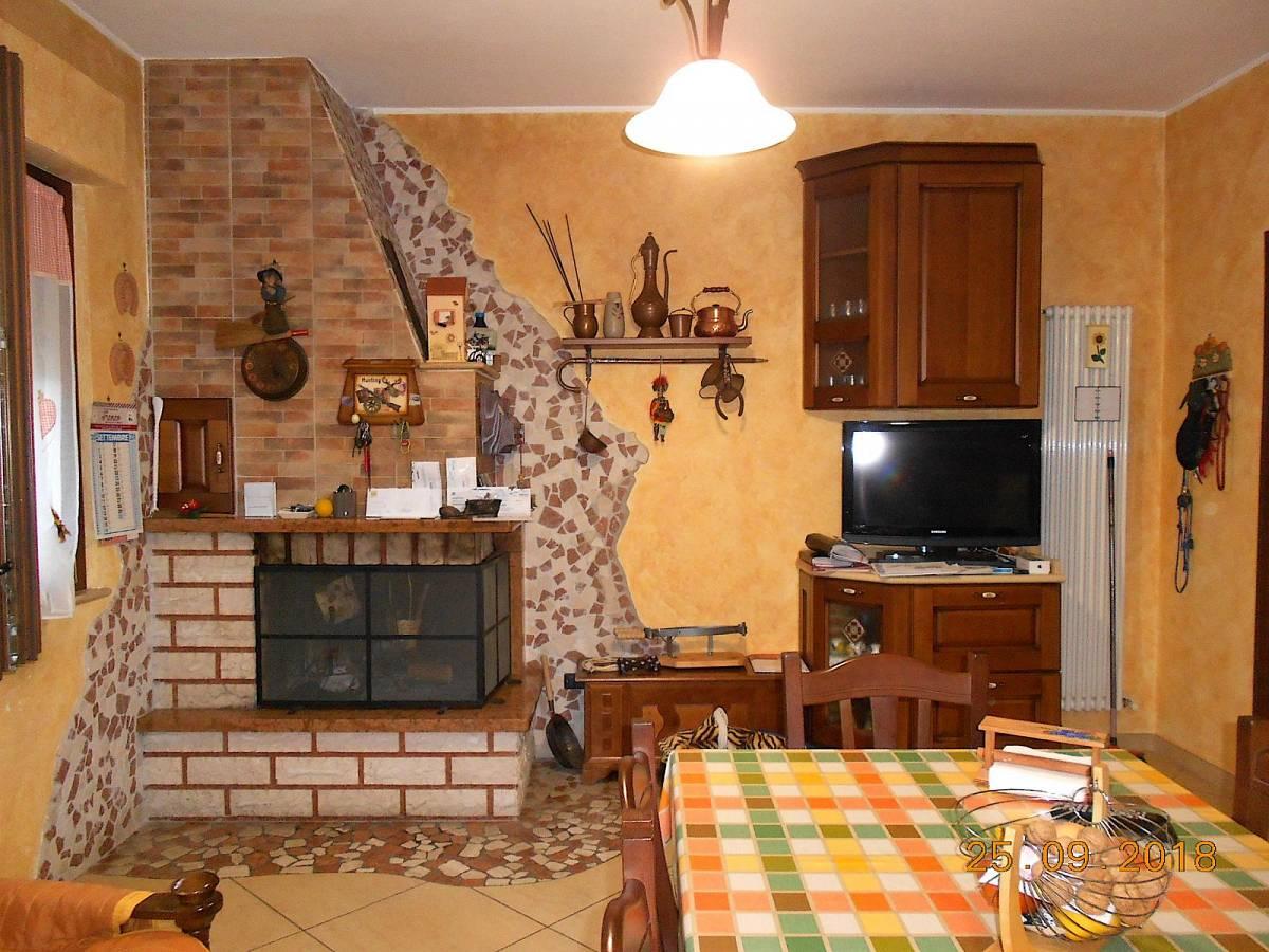 Casa indipendente in vendita in strada valle ferzetti zona Colli a Pescara - 674377 foto 1