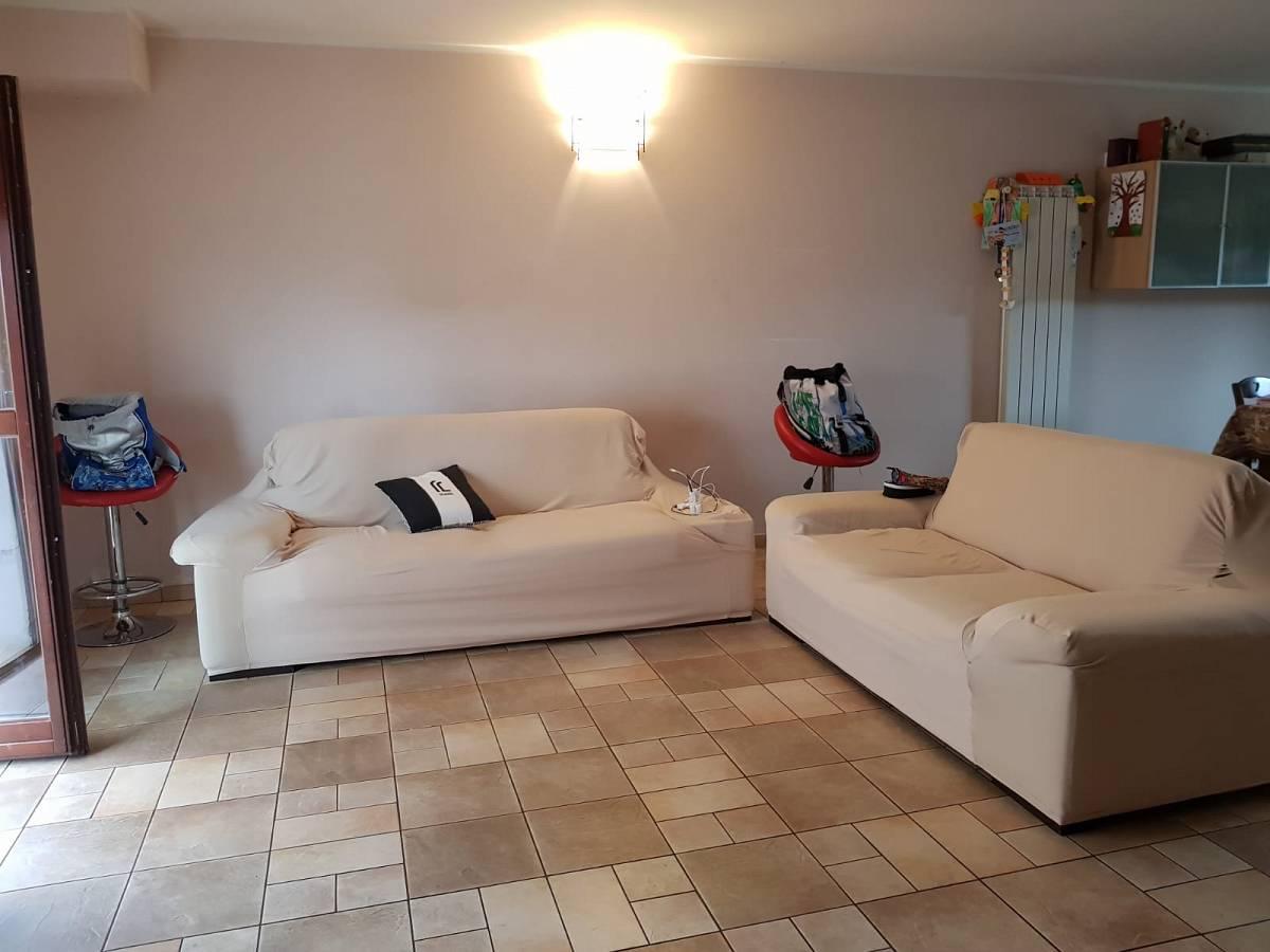 Villa bifamiliare in vendita in via dante 28/c  a Cappelle sul Tavo - 2298705 foto 9