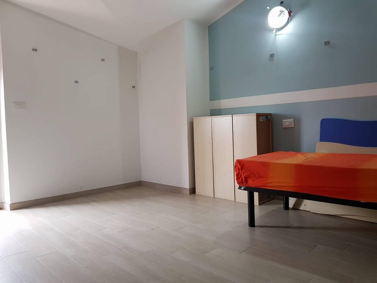 Villa bifamiliare in vendita in via dante 28/c  a Cappelle sul Tavo - 2298705 foto 10