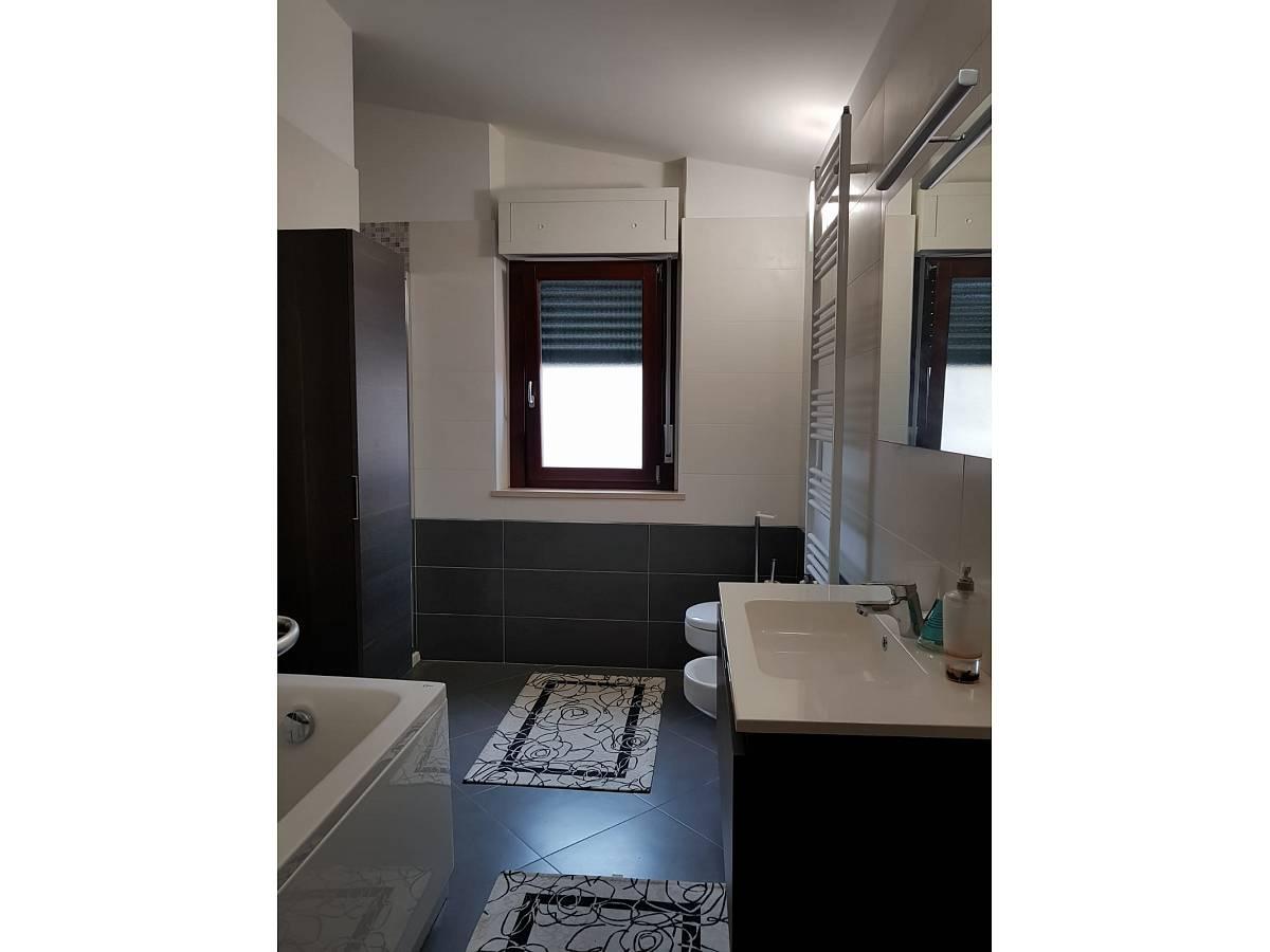 Villa bifamiliare in vendita in via dante 28/c  a Cappelle sul Tavo - 2298705 foto 13