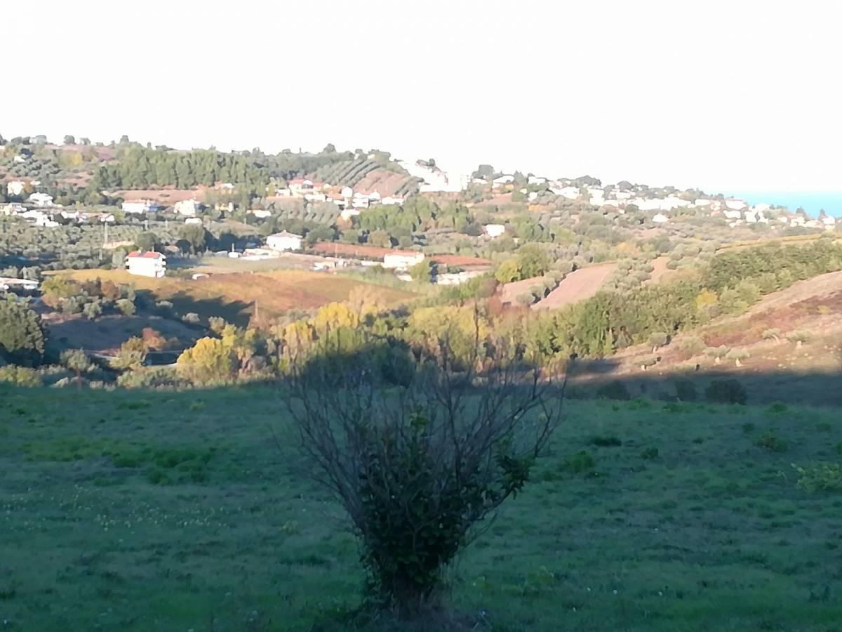 Terreno Edificabile Res. in vendita in C.da Collevento zona Colle a Montesilvano - 6857312 foto 8