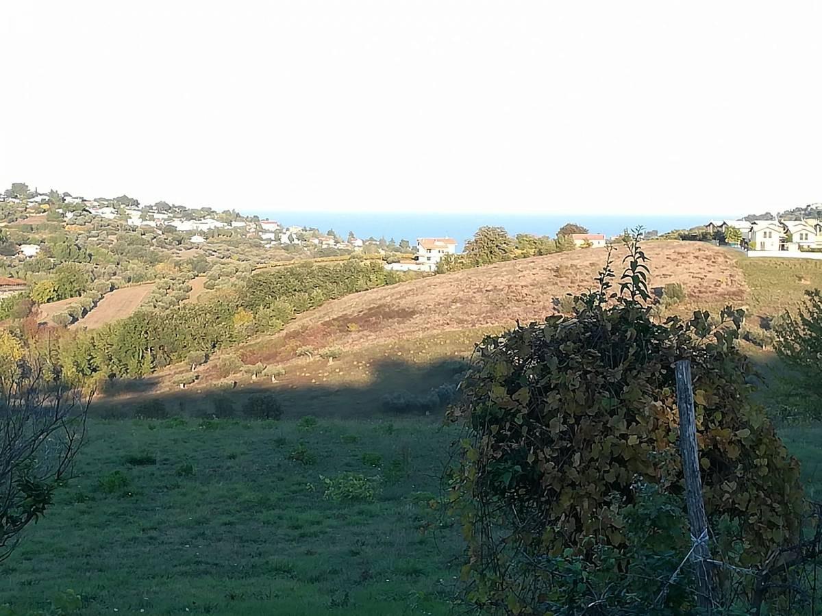 Terreno Edificabile Res. in vendita in C.da Collevento zona Colle a Montesilvano - 6857312 foto 9