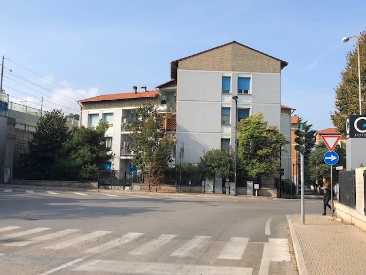 Appartamento in vendita in via Michelangelo 88 zona Centro a Pescara - 7914050 foto 1