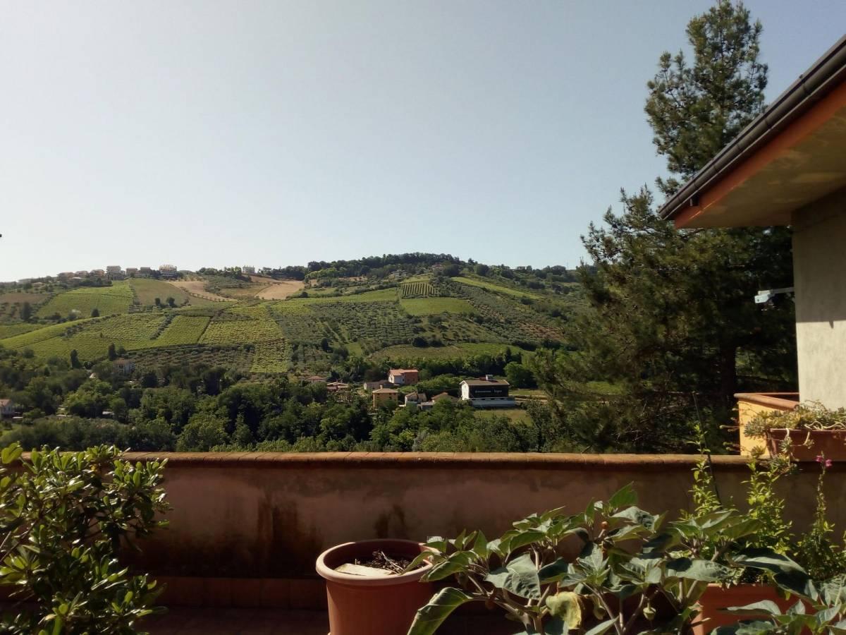 Villa trifamiliare in vendita in strada SS Salvatore zona San Salvatore a Chieti - 769052 foto 3