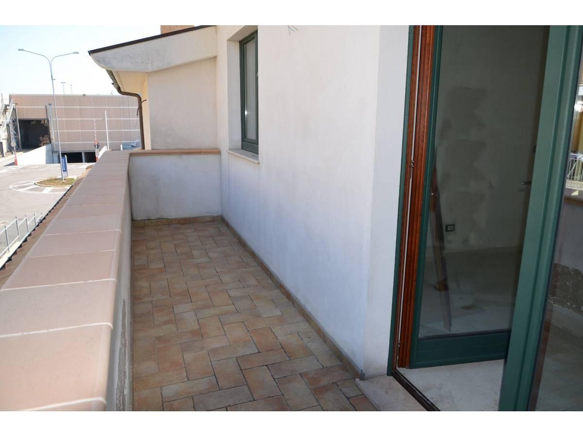 Villa bifamiliare in vendita in via alberto coppa  a Città Sant'Angelo - 6085682 foto 12