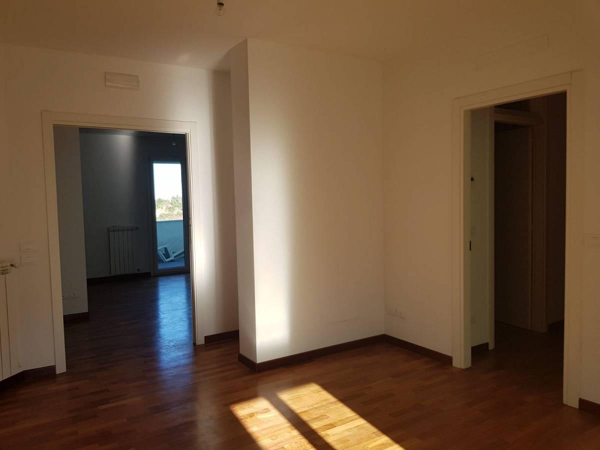 Appartamento in vendita in Via Torre Costiera  a Città Sant'Angelo - 5665956 foto 8