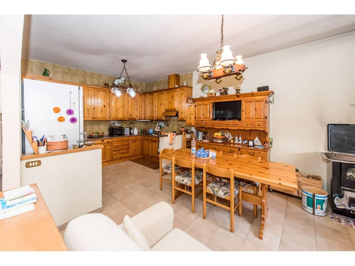 Casa indipendente in vendita in VIA TRENTO  a Pianella - 8141373 foto 3