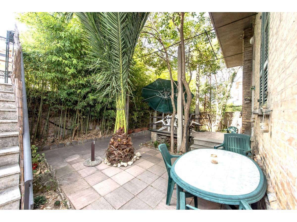 Casa indipendente in vendita in Via Nazionale Adriatica 37  a Francavilla al Mare - 5905191 foto 3