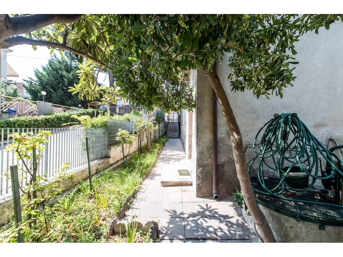 Casa indipendente in vendita in Via Nazionale Adriatica 37  a Francavilla al Mare - 5905191 foto 27