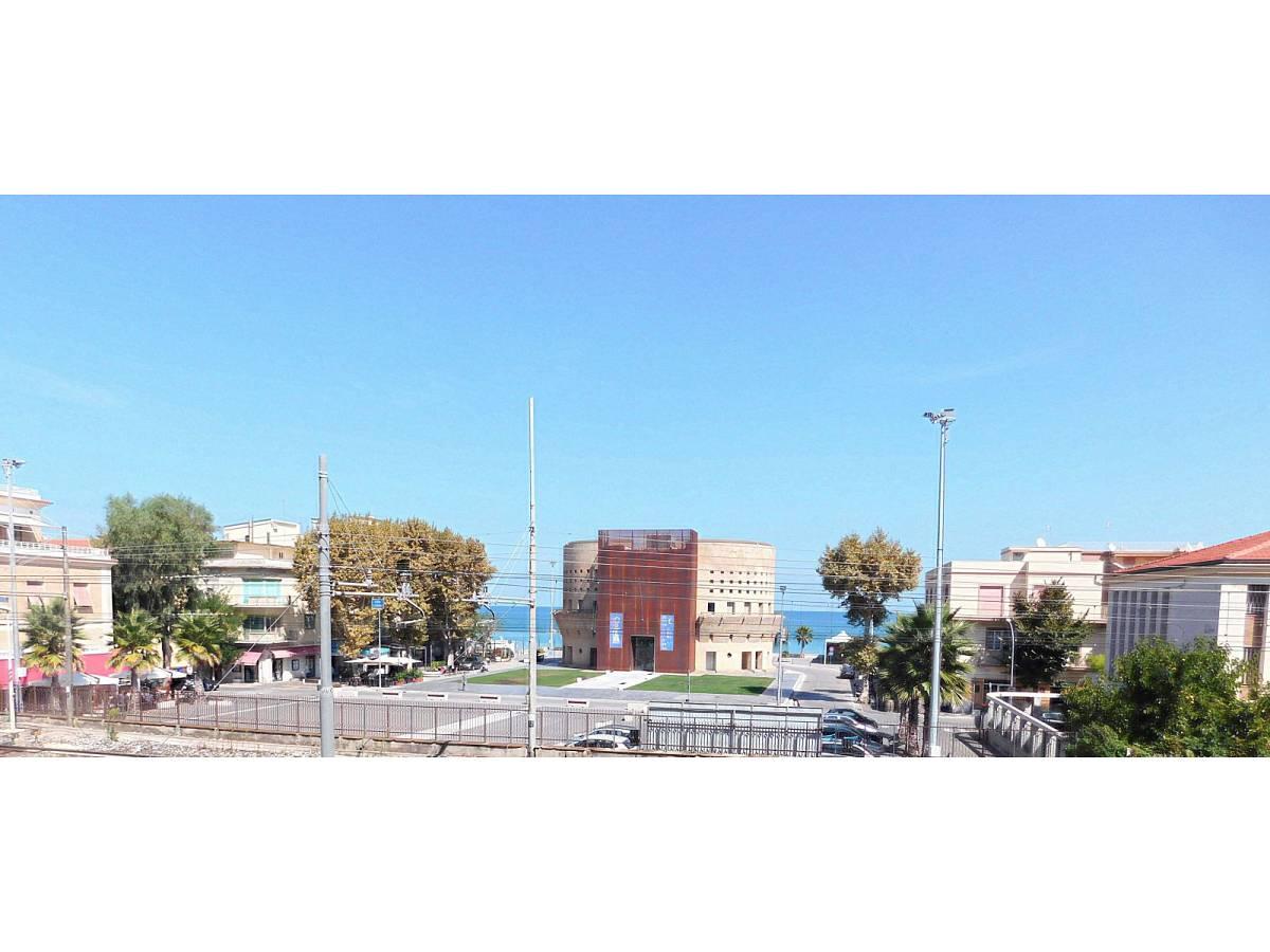 Appartamento in vendita in Via Duca Degli Abruzzi 1   a Francavilla al Mare - 8533402 foto 2