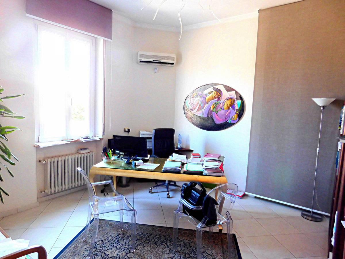 Appartamento in vendita in Via Duca Degli Abruzzi 1   a Francavilla al Mare - 8533402 foto 1
