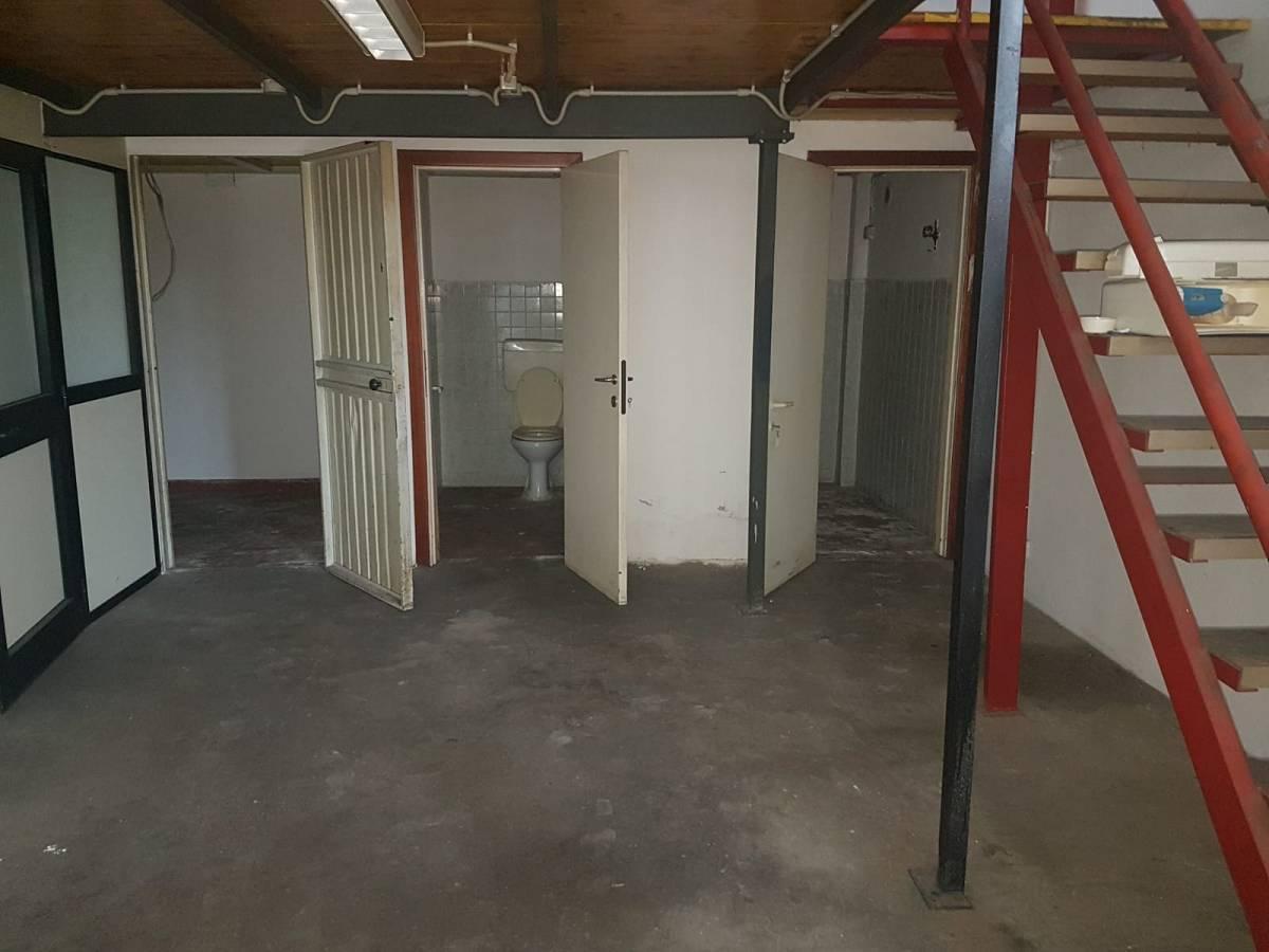 Magazzino o deposito in affitto in VIA MARVIN GELBER zona Scalo Stazione-Centro a Chieti - 8441097 foto 8