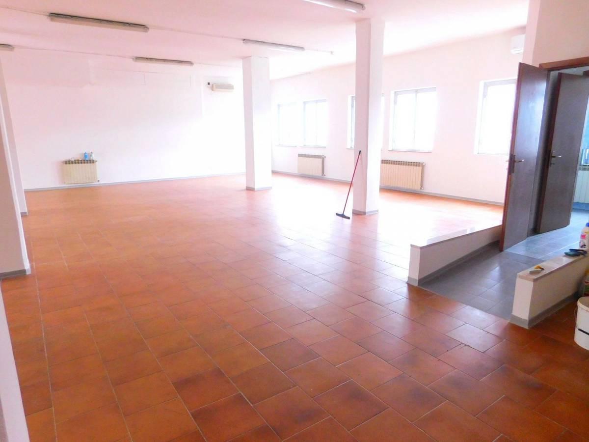 Negozio o Locale in vendita in Via Pietro Nenni zona Dragonara a San Giovanni Teatino - 2654018 foto 7