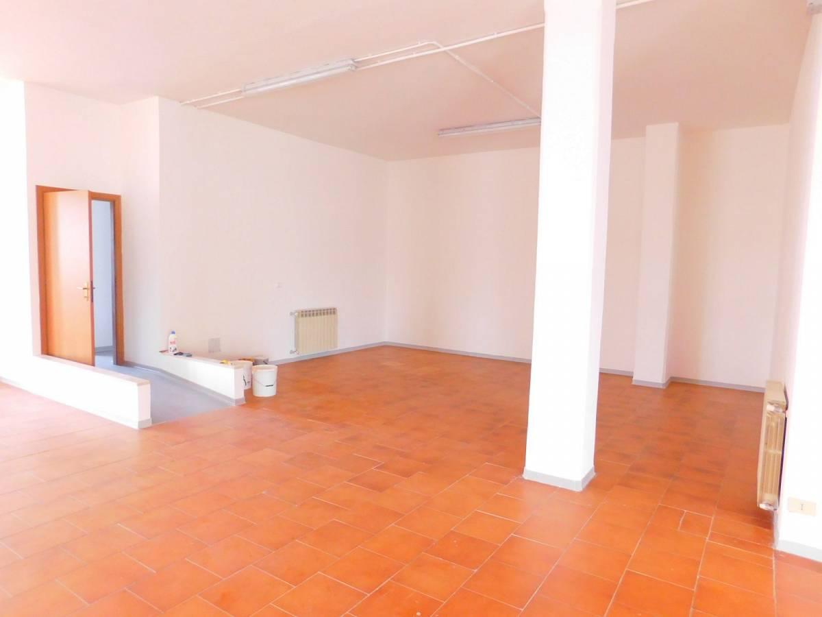 Negozio o Locale in vendita in Via Pietro Nenni zona Dragonara a San Giovanni Teatino - 2654018 foto 9